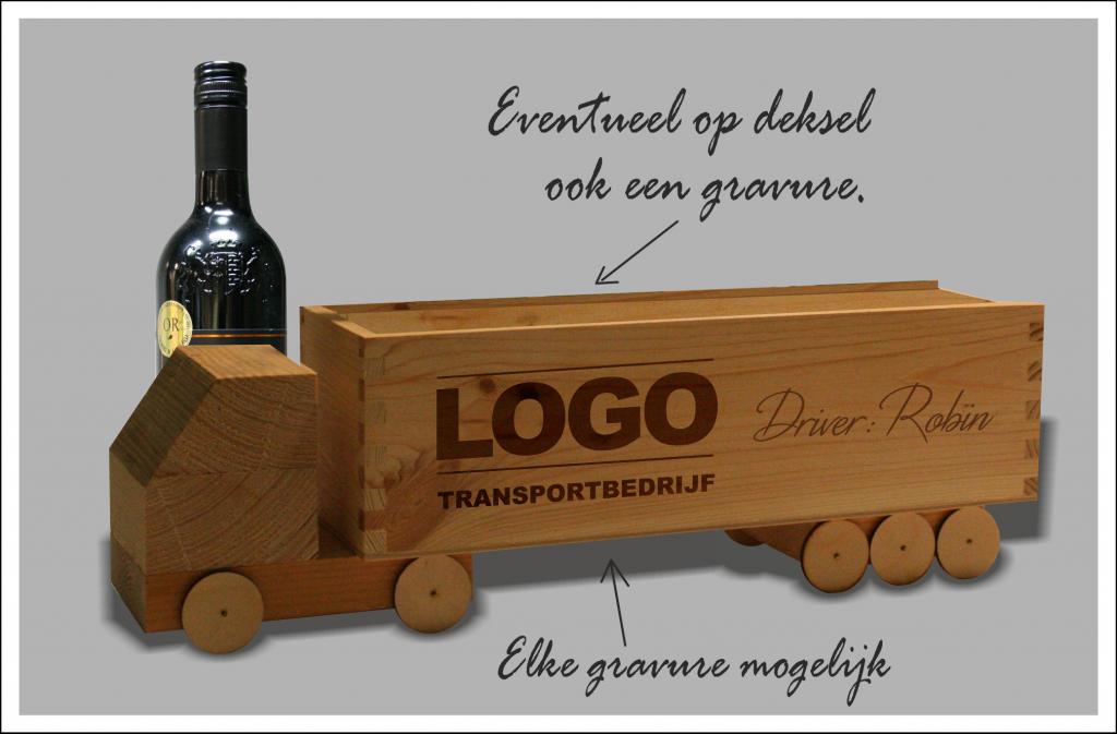Wijntruck wijntransport met naam en logo groot